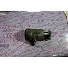 Теплообменник масляного фильтра Renault Trafic Nissan Primastar Opel Vivaro