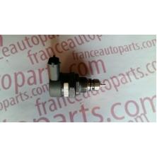Редукційний клапан паливної рейки Renault Trafic Nissan Primastar Opel Vivaro 0281002753