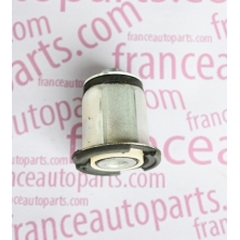 Сайлентблок передньої балки UCELL 10973 Renault Trafic Nissan Primastar Opel Vivaro