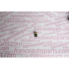 Датчик температури охолоджуючої рідини Renault Trafic Nissan Primastar Opel Vivaro 7700105087