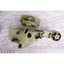 Right engine bracket, mounting pads 91165673 Renault Trafic Nissan Primastar Opel Vivaro
