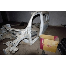 Боковые поперечные части кузова (левая сторона) Renalt Kangoo