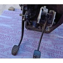 Clutch pedal Renault Trafic Opel Vivaro Nissan Primastar