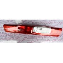 Ліхтар задній Renault Trafic Nissan Primastar Opel Vivaro 8200415250