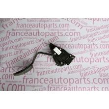 Потенціометр Renault Trafic Nissan Primastar Opel Vivaro 7700313060