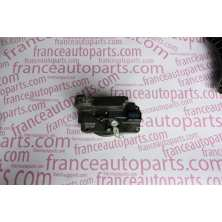 Lock right side sliding door Renault Trafic Nissan Primastar Opel Vivaro 8200008463
