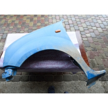 Крило переднє праве до 2003 Renault Kangoo 7751691053