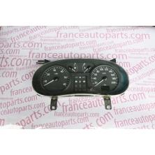 Панель приладів Renault Trafic Nissan Primastar Opel Vivaro 8200006339