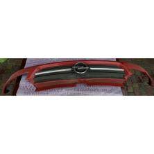 Решітка радіатора Opel Vivaro 8200044873